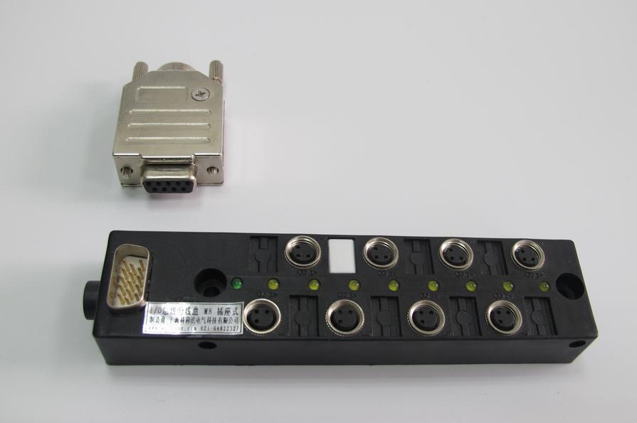M8 总线分线盒 8位 DB9插座式